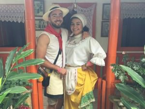 Man and woman wearing traditional Columbia dress